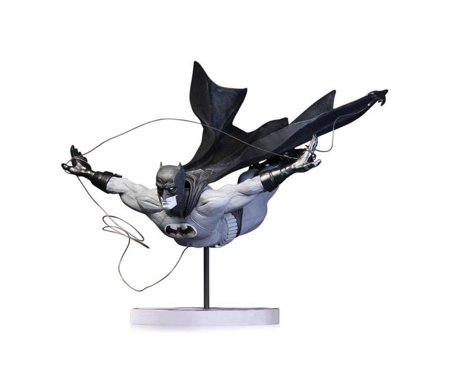 Batman Black and White. Statue By Jock 23 см