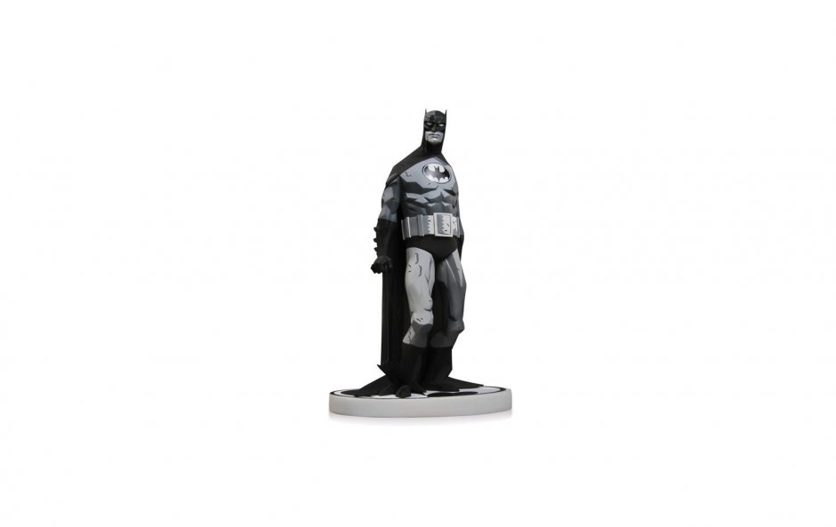 Batman Black and White. Statue By Mike Mignola 19 см