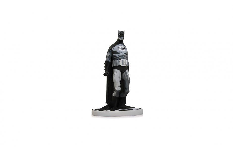 Batman Black and White. Statue By Mike Mignola 19 см